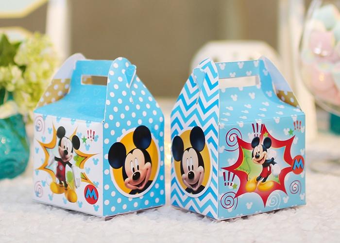 Mẫu hộp quà tặng dành cho các bé
